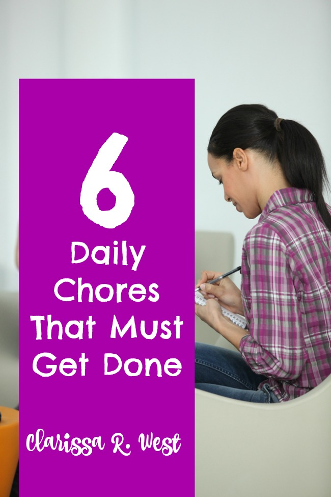 6 Daily Chores That Must Get Done {FREE Printable}